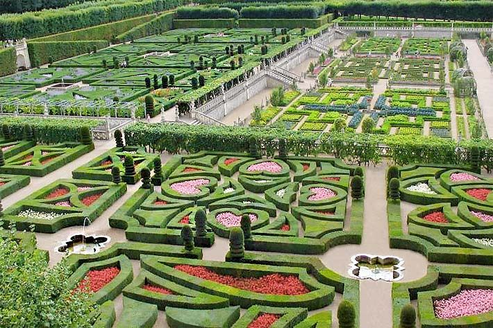 Der Garten Vom Renaissance Schloss Villandry Mit Buchsbaum Einfassungen